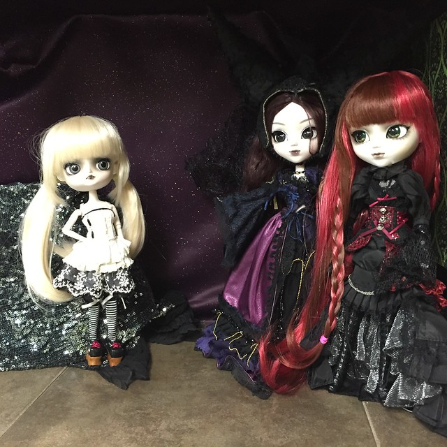 Witchy doll shelf