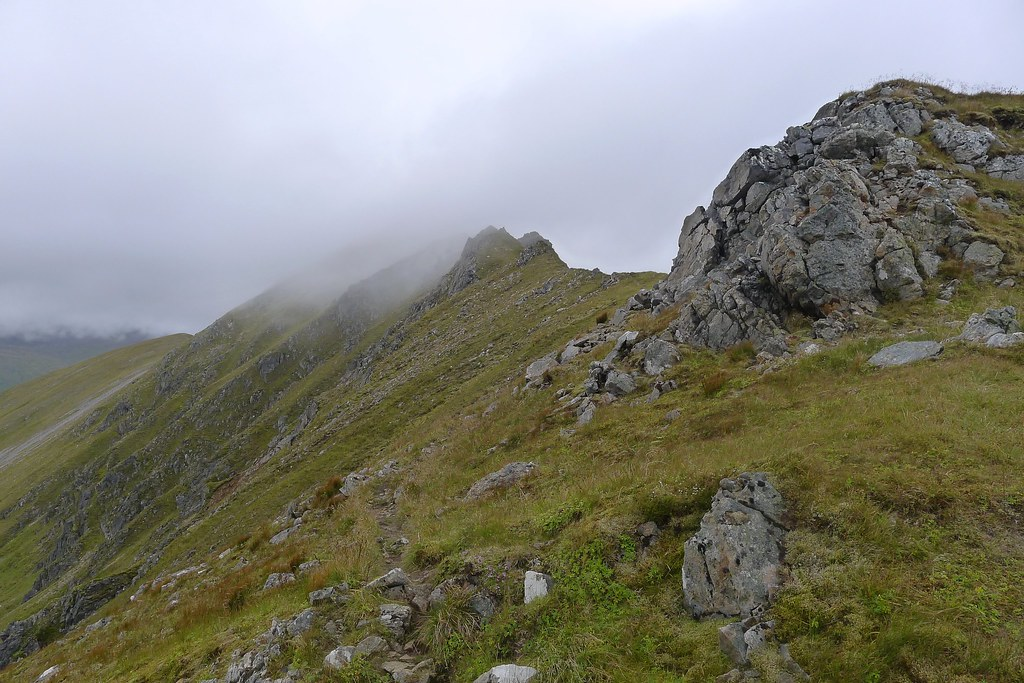 The pinnacles on Mullach Fraoch-choire