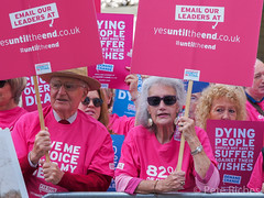 Dual Yes and No protest against Assisted Dying Bill - 16.01.2015 -110467.jpg