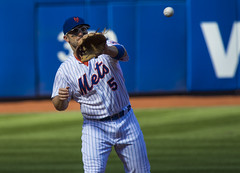 David Wright  catches a ball 1fds