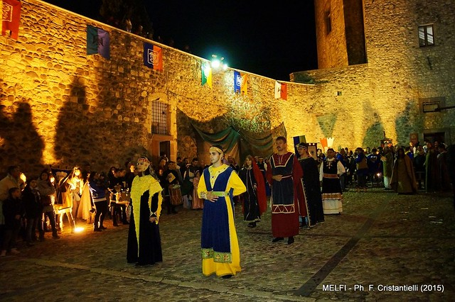 Casamassima- il corteo casamassimese applaudito a Melfi-Visita a Venosa (2)