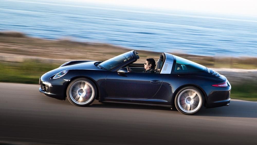 Новая Porsche 911 Targa