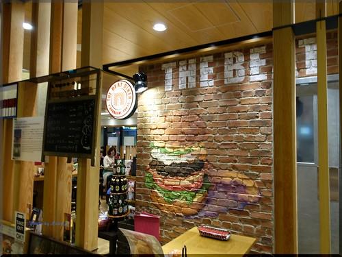 Photo:2015-11-10_ハンバーガーログブック_あの店の壁が日本橋に復元してます【三越前】BEAT DINER_01 By:logtaka