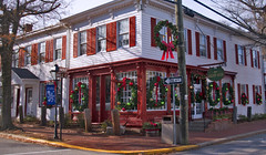 'The Golden Goose' -- Corner of Mill and Union Streets Occoquan (VA) December 2016