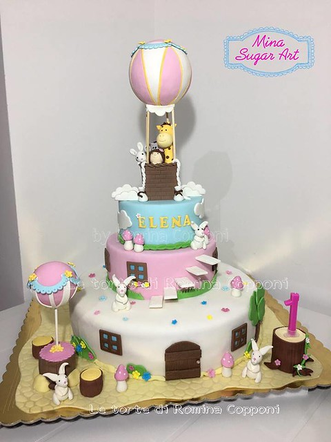 Amazing Cake by Romina Copponi Mina Sugar Art