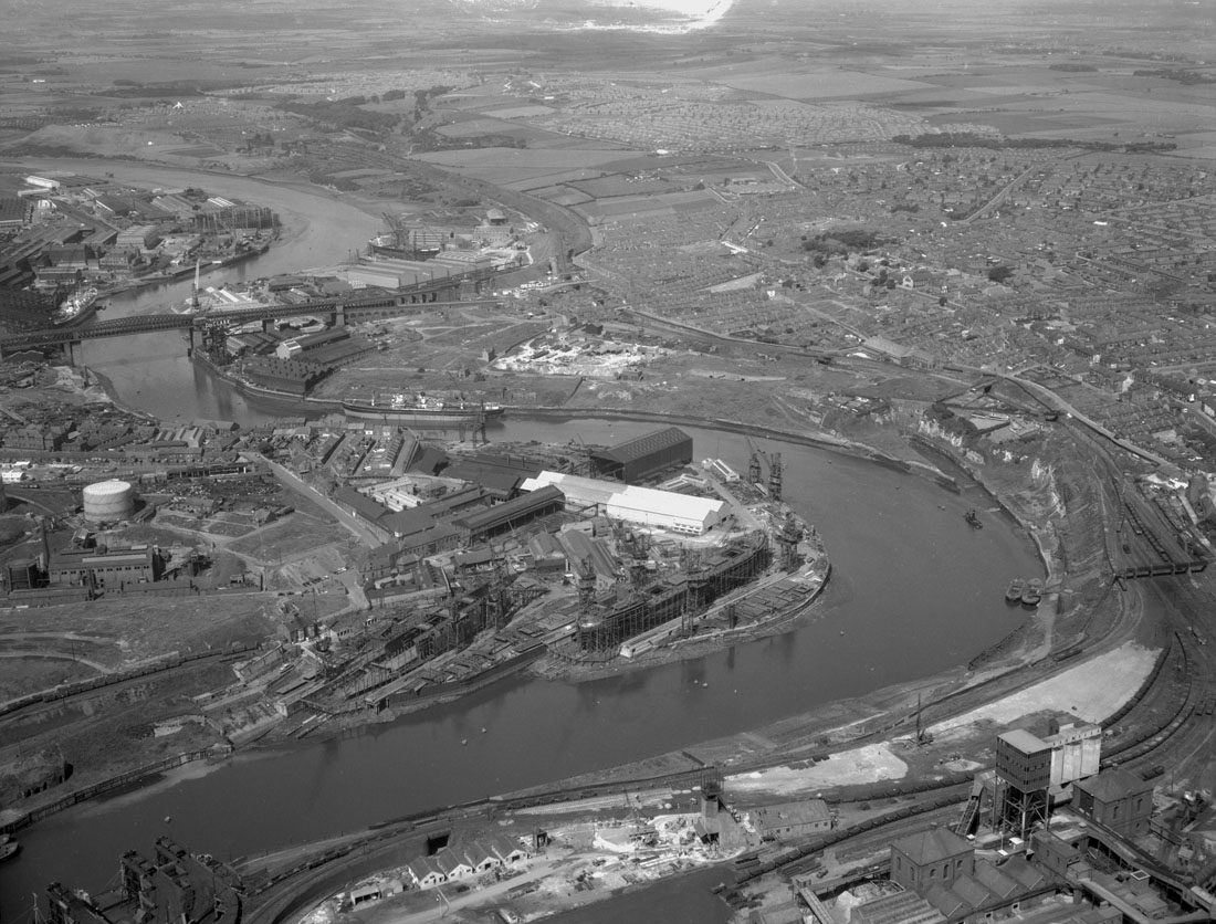 Aerial view of the River Wear, 1959