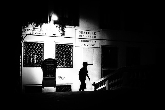 The boy - Venice, Italy - Black and white street photography