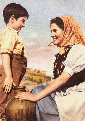 Pablito Calvo and Rosita Valero in Marcellino, Pan y Vino (1955)