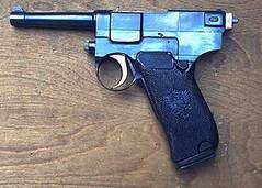Pistola Glisenti modello 1910