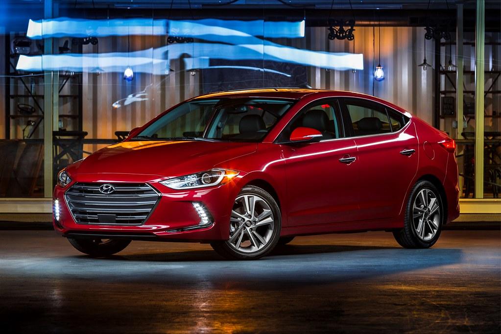 2017 Hyundai Elantra makes its debut at the LA Auto Show