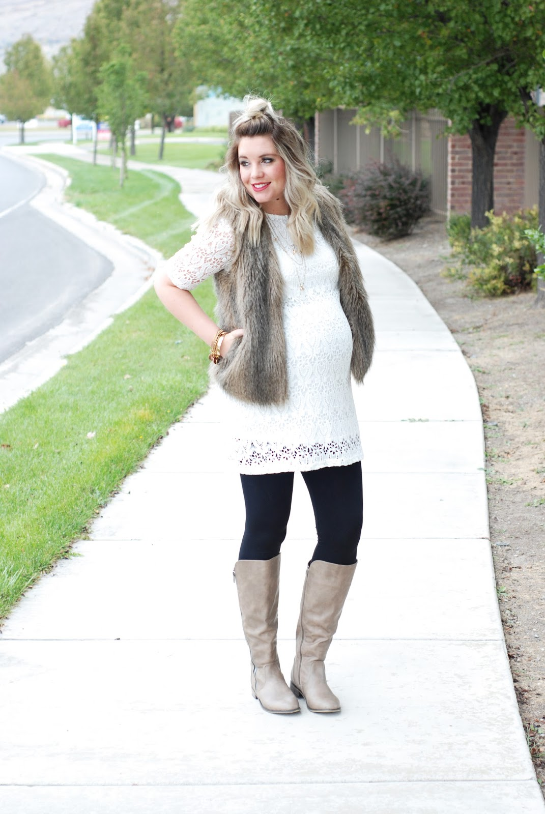 Journey Five, Lace Tunic, Utah Fashion Blogger, Maternity Outfit, Maternity Style, Pregnant Outfit, Pregnant Style 5