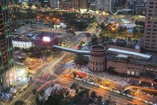 Heavy traffic in New Taipei City │ November 29, 2015