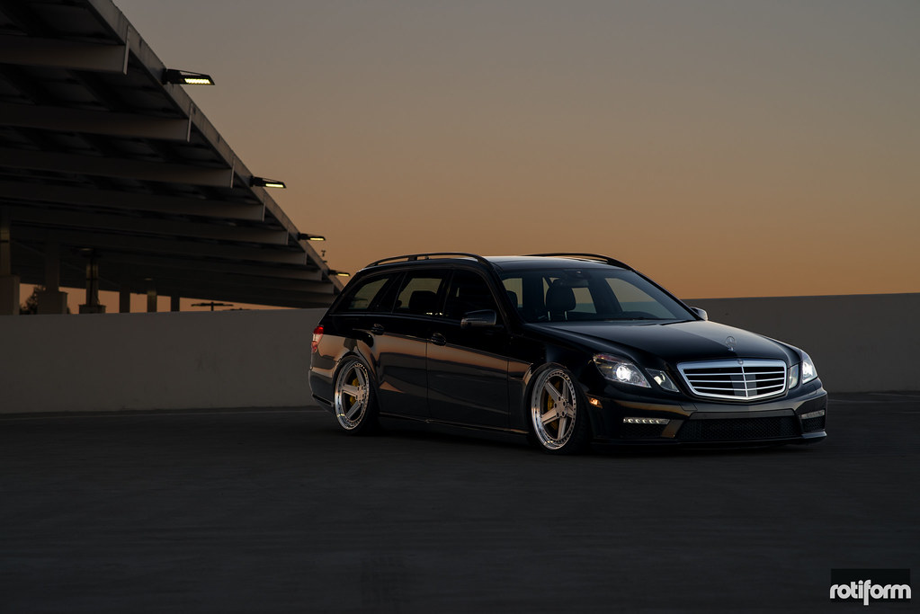Mercedes Benz E63 - Rotiform PNT