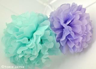 Paper pom pom flowers