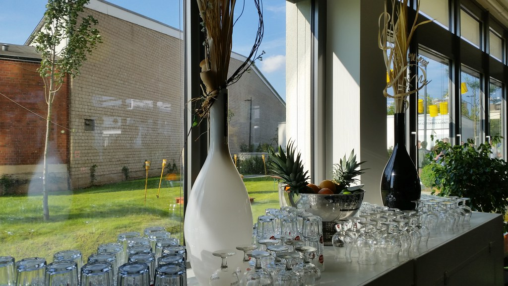 """#HummerCatering #Yellostrom #mobile #Cocktailbar #Barkeeper #Cocktail #Catering #Service #Köln #Firmenfeier #Partyservice #Party #Sommerfest #sommer http://goo.gl/oMOiIC • <a style=""""font-size:0.8em;"""" href=""""http://www.flickr.com/photos/69233503@N08/21107136902/"""" target=""""_blank"""">View on Flickr</a>"""