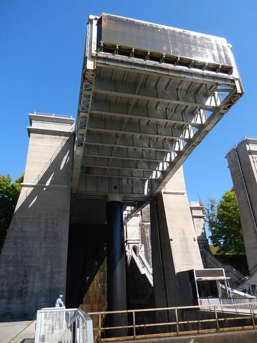 Peterborough - Trent Severn Waterway - lift lock - 2