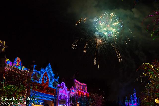 Disneyland Forever Fireworks Spectacular