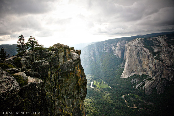Taft Point and Sentinel Dome + 15 Best Things to Do in Yosemite National Park that Will Take Your Breath Away.