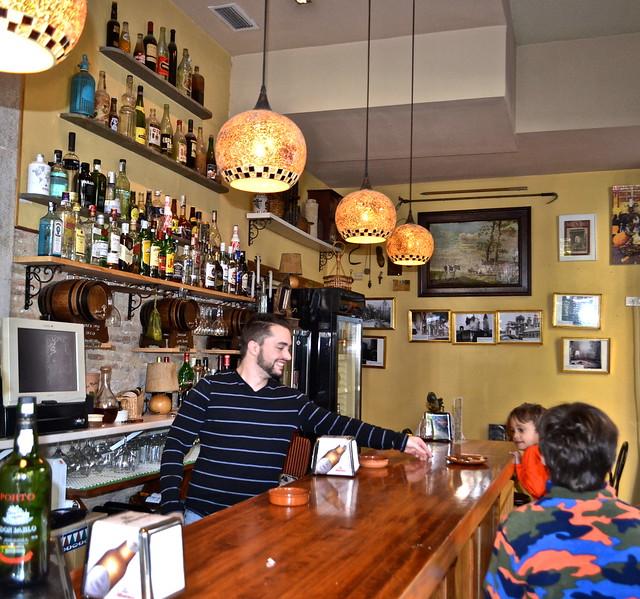 Granada Bars - Granada Tapas Tour - Spain