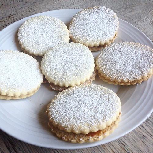 Alfajores #holidaycookies #dulcedeleche #mustdisposeofrestofdulcedeleche