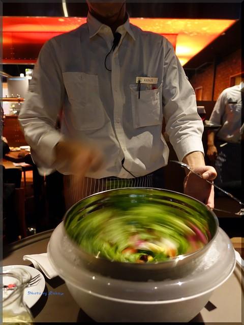 Photo:2015-12-11_T@ka.の食べ飲み歩きメモ(ブログ版)_ビアホールがニューオープン!【品川】THE DAD BOB_11 By:logtaka