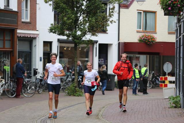 2015-09-20_Marathon WInterswijk Centrum rond de Finsh (183)