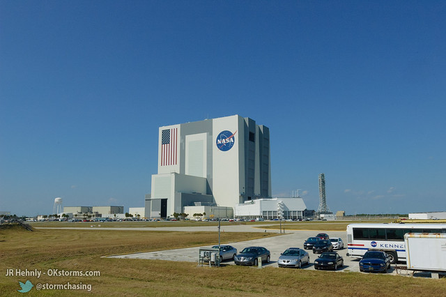 Thu, 11/01/2012 - 13:47 - NASA's massive Vehicle Assembly Building (VAB), 526 feet (160.3 m) tall. This is where the Apollo Saturn V rockets were assembled, as well as the Space Shuttle. The upcoming Space Launch System (SLS) rockets will be assembled here.  en.wikipedia.org/wiki/Vehicle_Assembly_Building - November 01, 2012 1:47:09 PM - Titusville, Florida (28.5819,-80.6462)