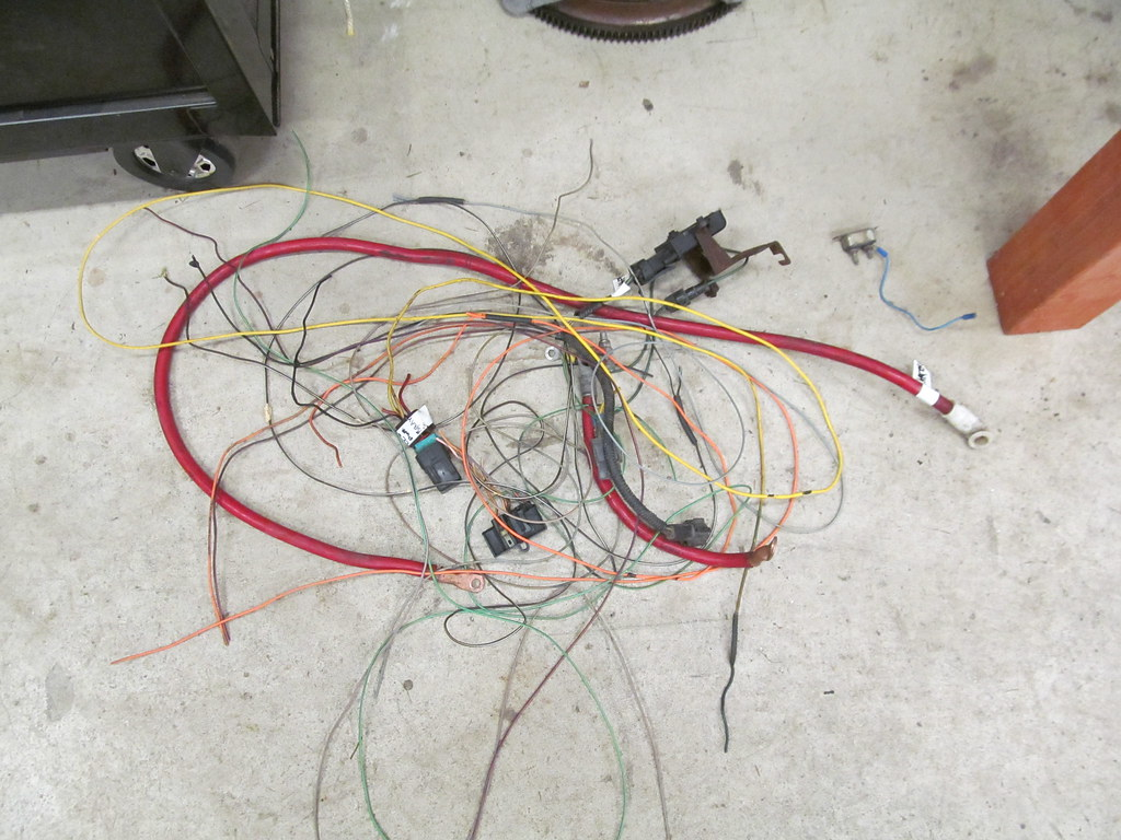 1990 ford bronco 4bt swap page 2  at E4od To Zf5 Swap Wiring Harness Splice