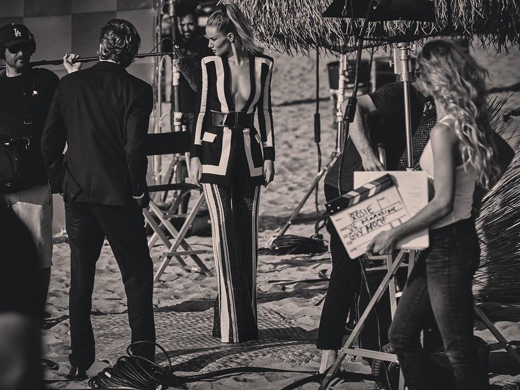 Роузи Хантингтон-Уайтли — Фотосессия для «Vs» 2015 – 3