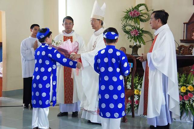 Thánh Lễ Tạ Ơn Của Đức Tân Giám Mục Phêrô Huỳnh Văn Hai tại Nhà Thờ Quê Hương Thạnh Phú - Giáo Phận Vĩnh Long