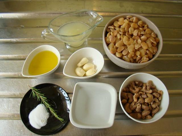 Patê de Feijão Branco e Castanhas