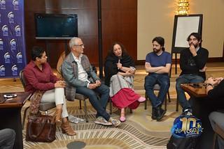 Desiree Reyes, Luis Minarro, Tanya Valette, Miguel Coyula, Carlos Lechuga y participante