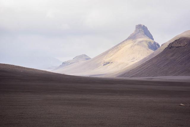 Desert's peaks
