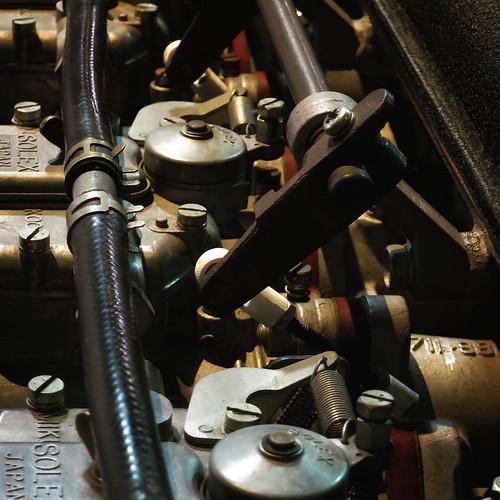 なんかエンジンが好きになってね、最後の方はそんなメカメカしい感じのエンジンまわりの写真ばっかり撮ってた。いやー、かっこいいわ。 #ヤマハCP