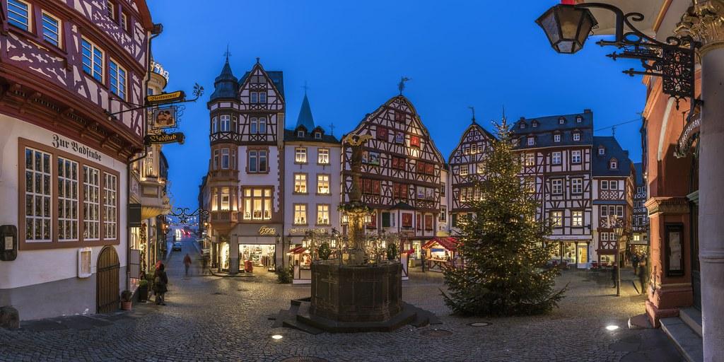 Bernkastel-Kues @ historical market place