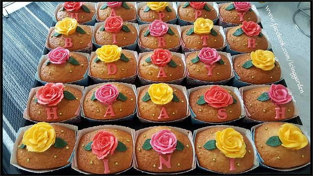 Cupcakes...... 😀
