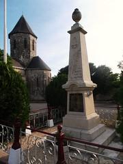 86-Chatain* - Photo of Charroux