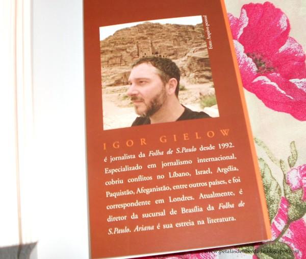 Resenha, livro, Ariana, Igor Gielow
