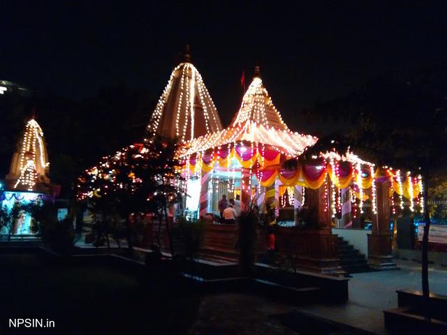 Nearest Shri Radha-Krishna temple from Vaisali metro station श्री राधा कृष्ण मंदिर (Shri Radha Krishna Mandir).