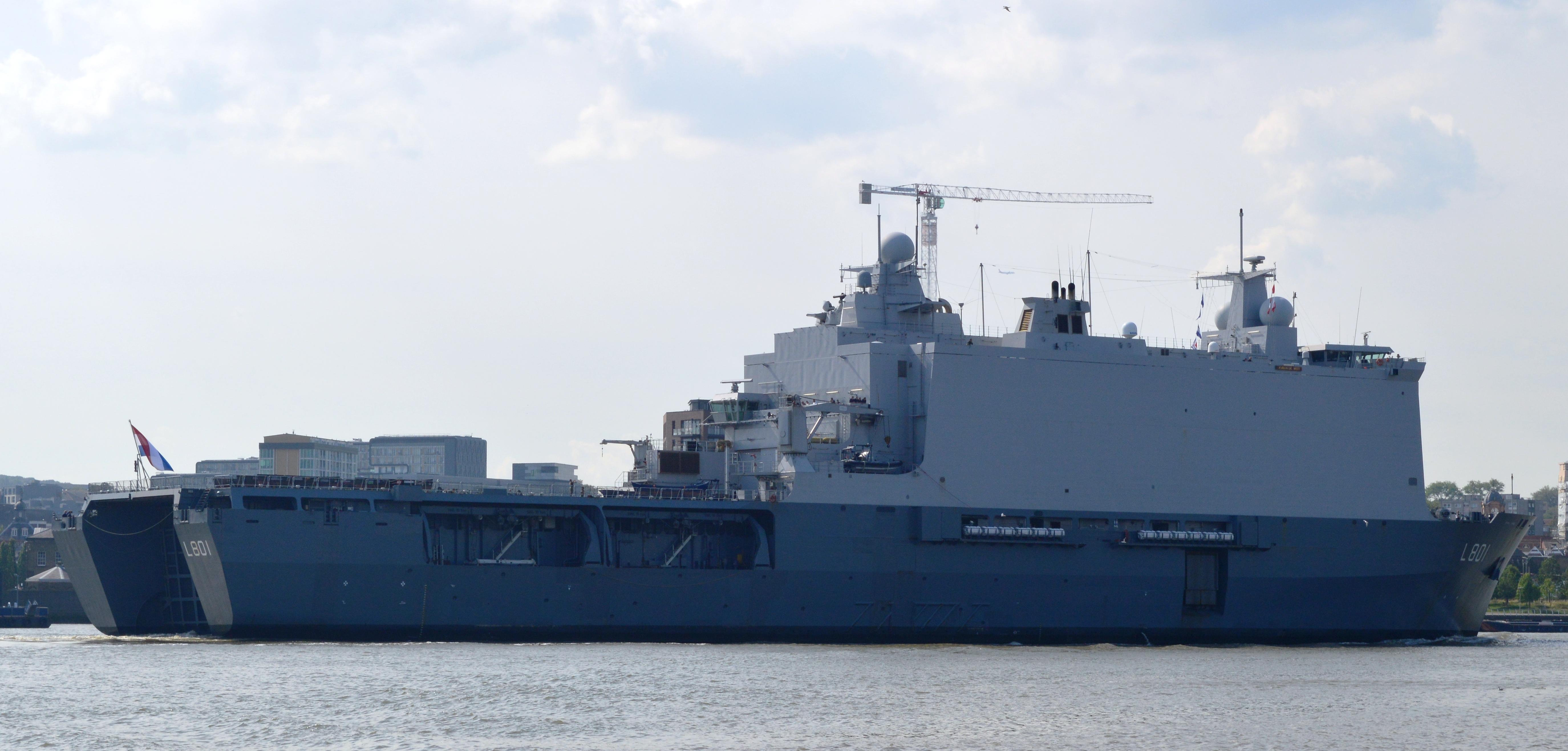 Amfibische transportschepen - Landing Platform Dock 21308143326_09cddd39a2_o