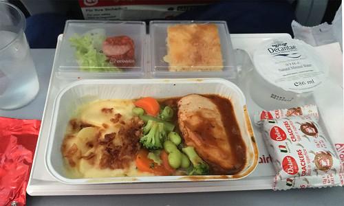 Mittagsmahl im Flugzeug / Lunch at airplane
