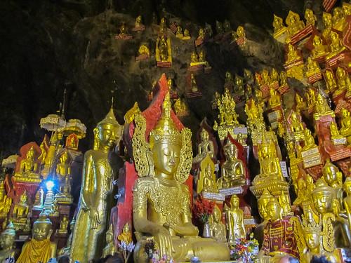 Pindaya: la grotte aux 8000 bouddhas