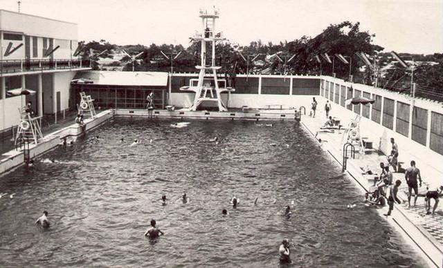 Swimming Pool - Hồ bơi Cộng Hòa