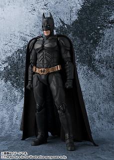 征服恐懼,你必須先成為恐懼!S.H. Figuarts 蝙蝠俠(黑暗騎士Ver.) バットマン(The Dark Knight)