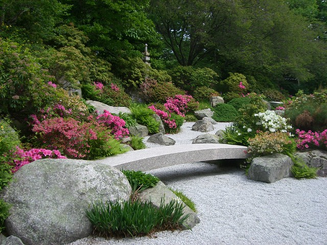 Japanese garden bridge flickr photo sharing for Creating a japanese garden
