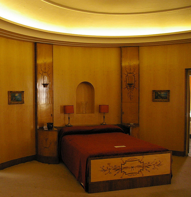 Art Nouveau Bedroom: Art Deco Bedroom, Eltham Palace
