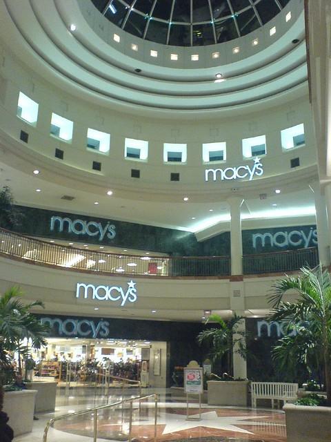 Menlo Park Mall, Edison. 27K likes. Menlo Park Mall is a 2-level super regional mall featuring Macy's, Nordstrom, Barnes & Noble Booksellers, Benihana, /5(K).