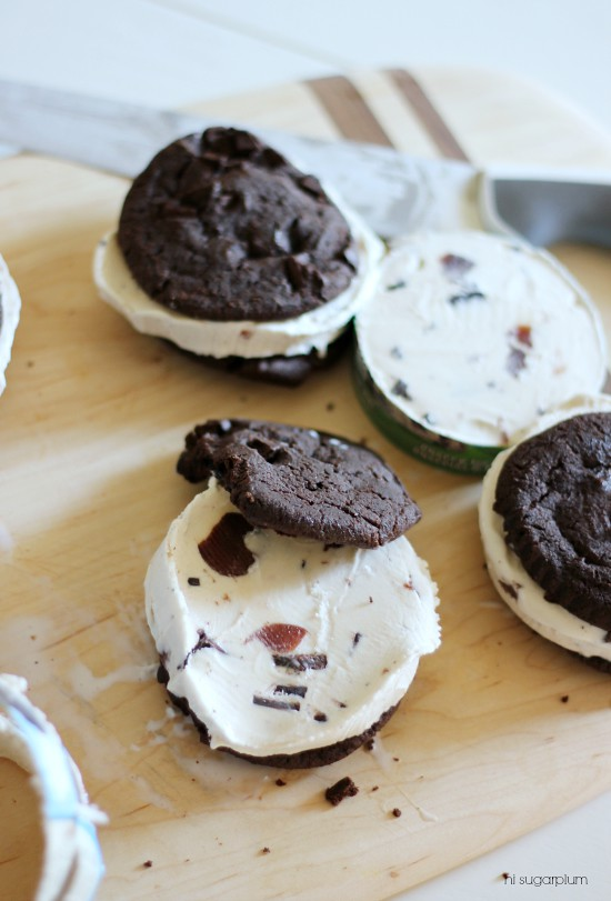 Hi Sugarplum | Easy Ice Cream Cookie Sandwiches