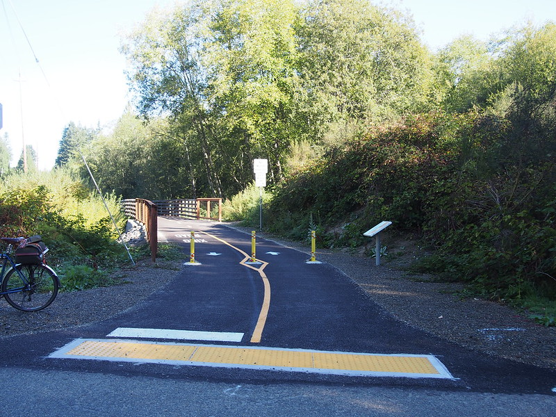 Cushman Powerline Trail Extension: Last time I was out here, the trail ended at 96th St, but it has since been extended to Borgen Boulevard.