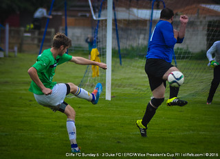 Cliffe FC Sunday 5 - 3 Duke FC (County Cup) 27Sept15